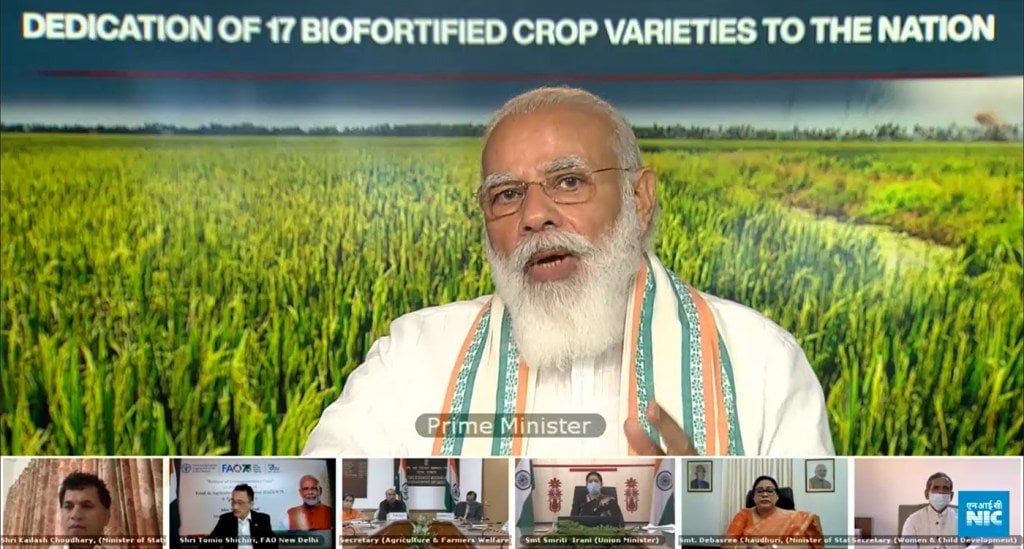 Indian PM Narendra Modi dedicates two 'healthy oil' groundnut varieties on World Food Day (ICRISAT)
