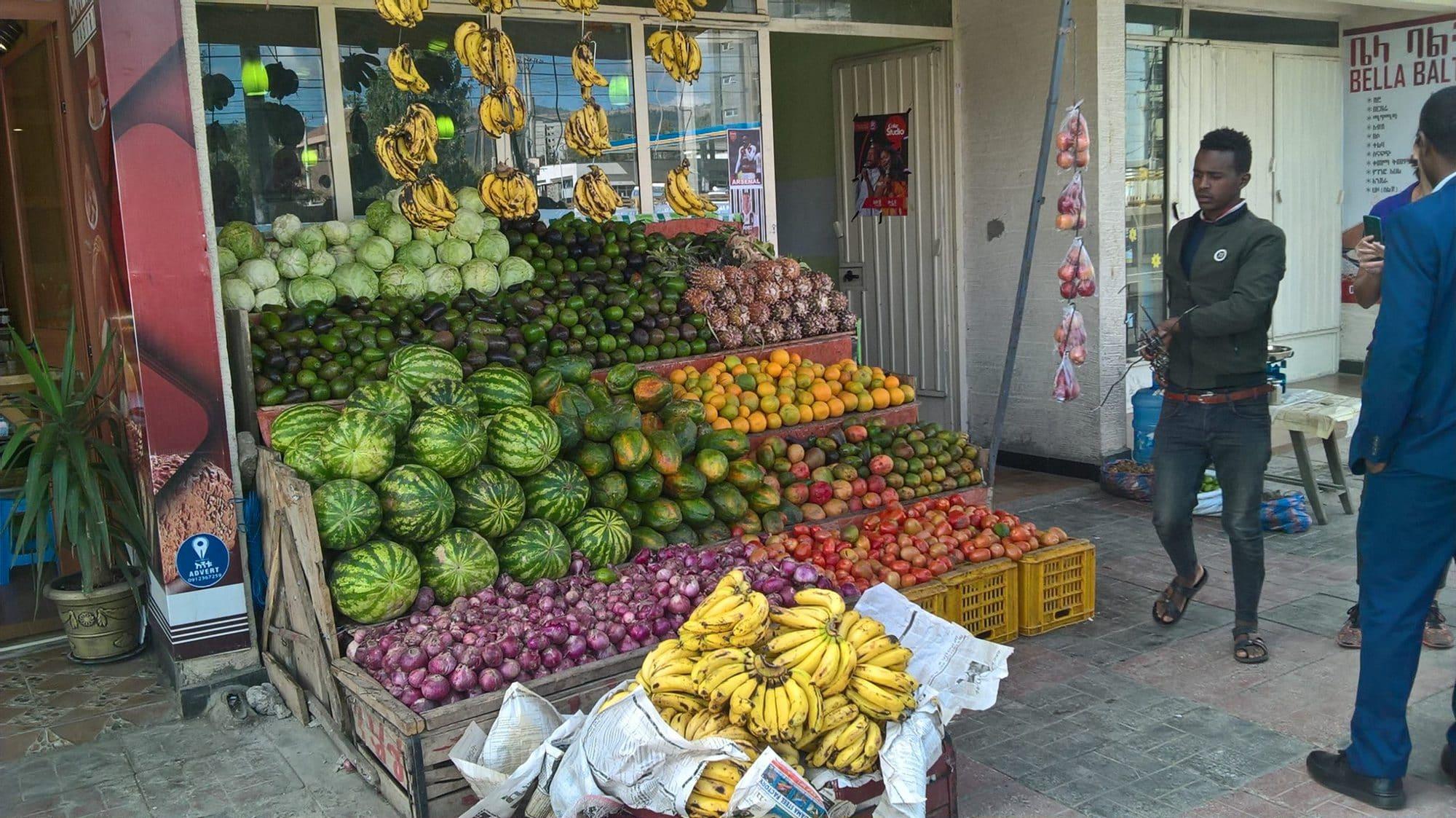 Fruit and vegetable shop in Addis Ababa, Ethiopia (photo credit: University of Florida/Geraldine Klarenberg).