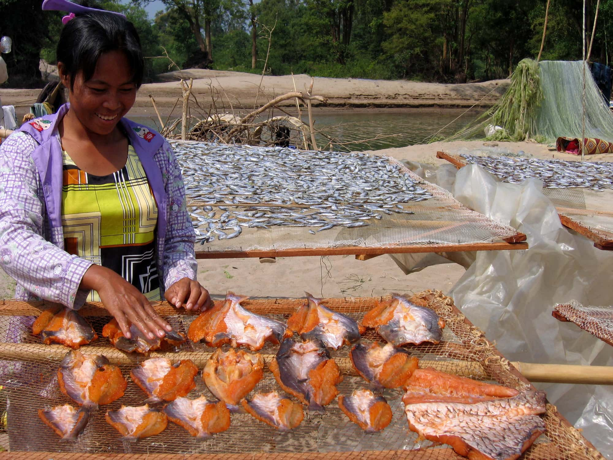 Aquatic food systems provide decent employment opportunities for youth. Photo by Edward H. Allison