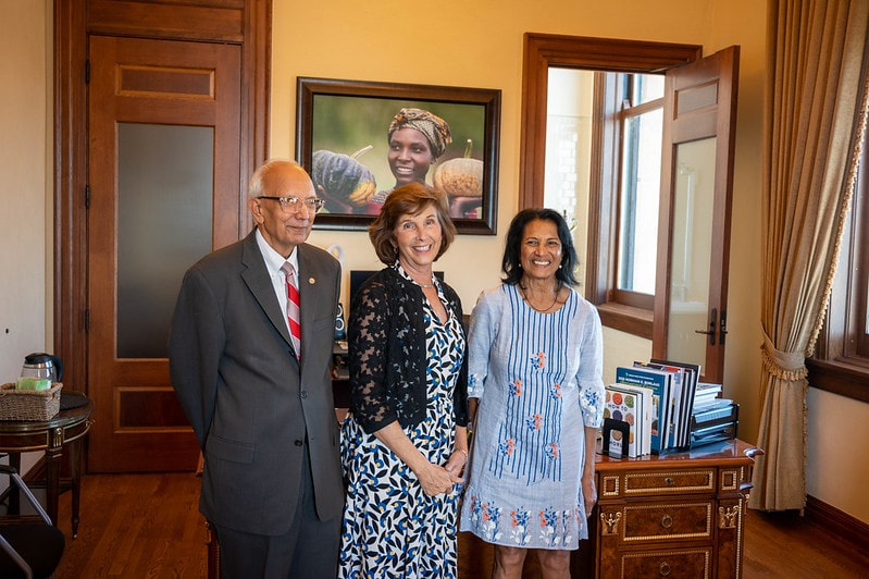 Shakuntala Thilsted (right) with World Food Prize Foundation President Barbara Stinson (middle) and 2020 World Food Prize Laureate Rattan Lal (left) in Des Moines, Iowa. Photo by Finn Thilsted.
