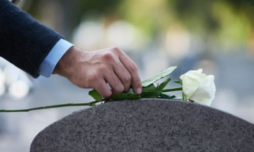 Why Seniors Are Rushing to Get Burial Insurance