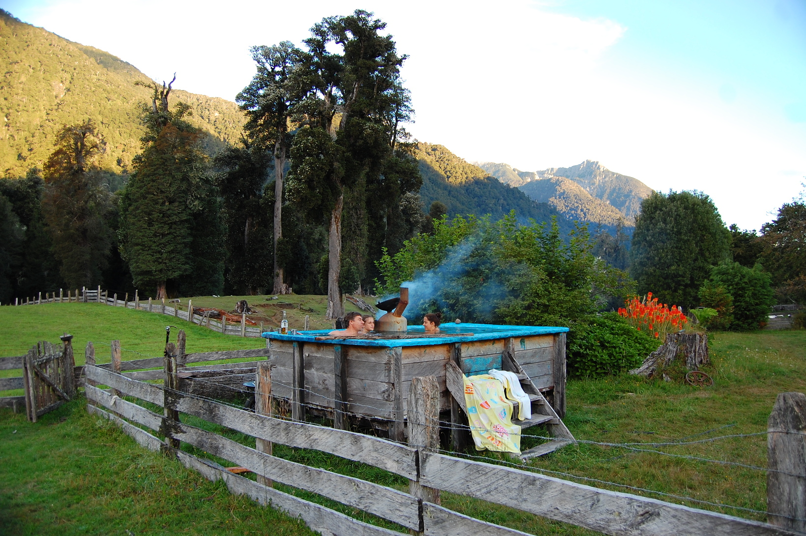 A hot tub in the middle of the farm