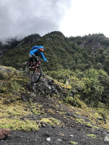 E-Mountain Biking