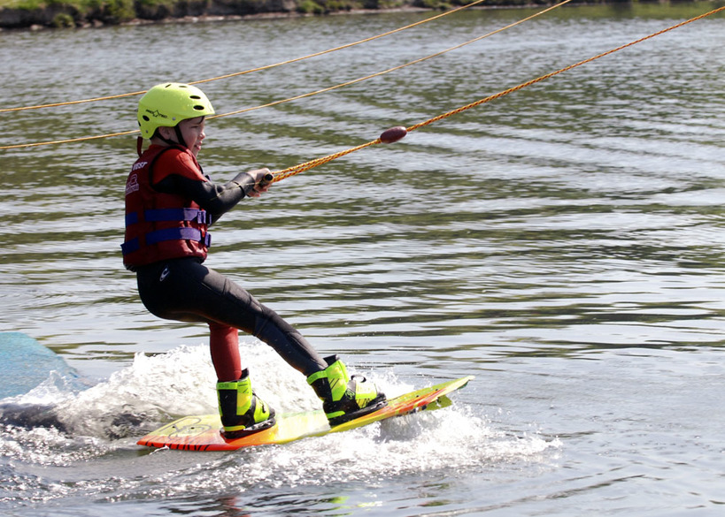 Kids learn to Wakeboard
