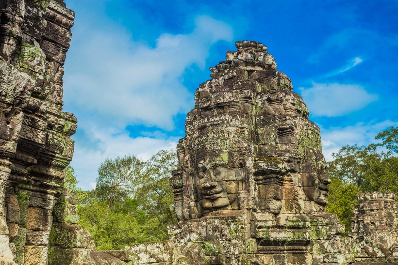 Bayon Temple – Mysterious Smiling Faces
