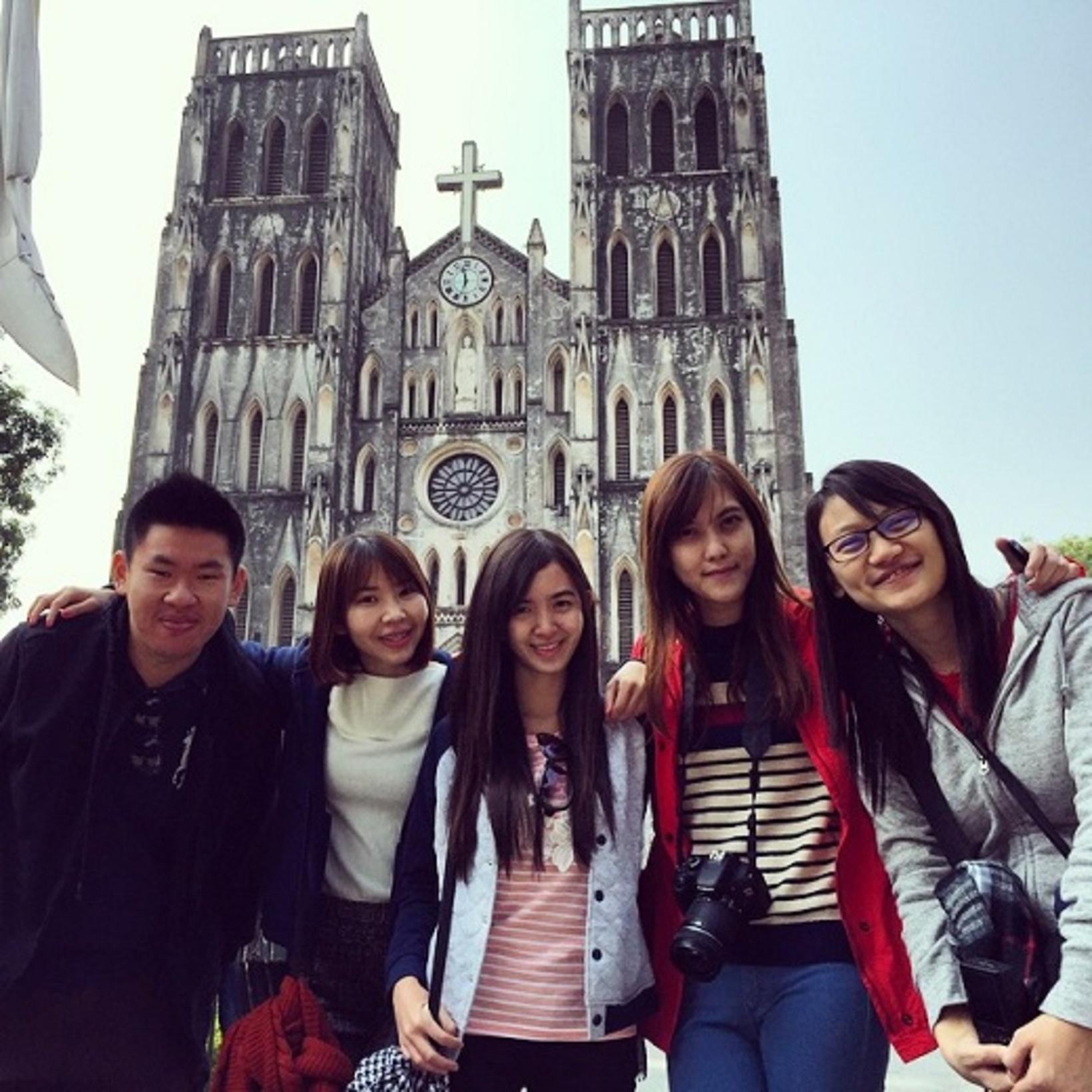 Wonderfully friendly young Malasians touring Hanoi!