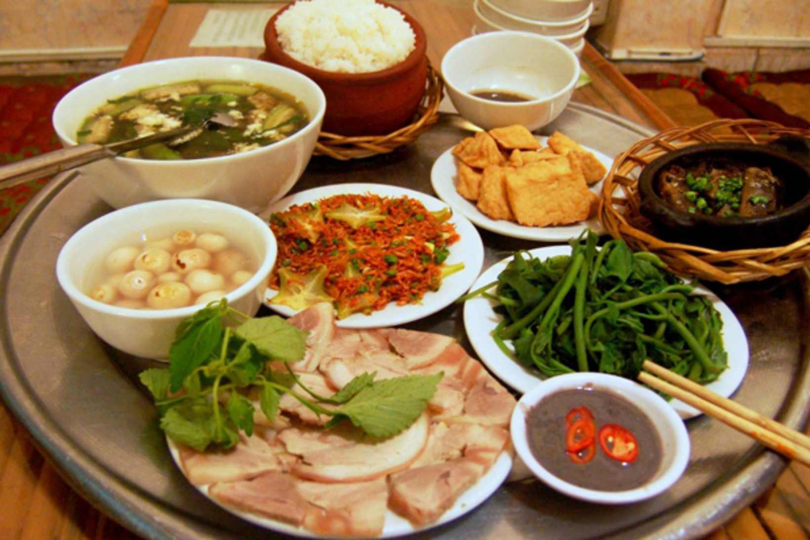 Is there anything I should take note on Vietnamese food & drink?