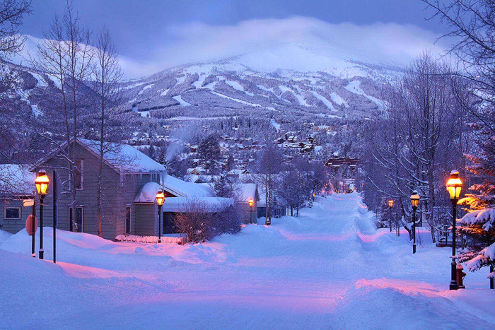 420 Transportation  - Colorado Ski Towns