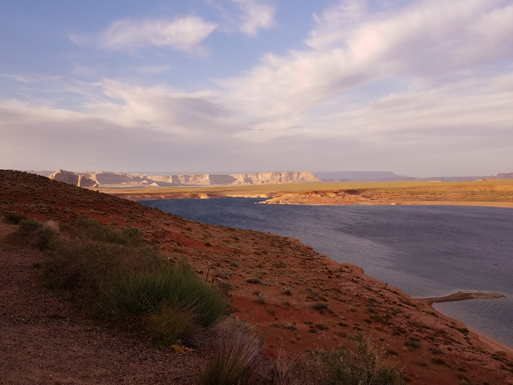 Lake Powell Nearby!