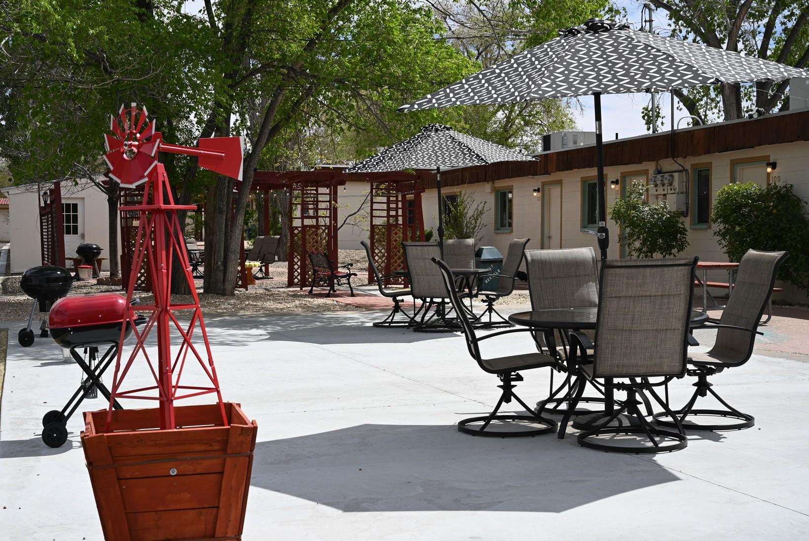 Desert Canyon Inn back patio