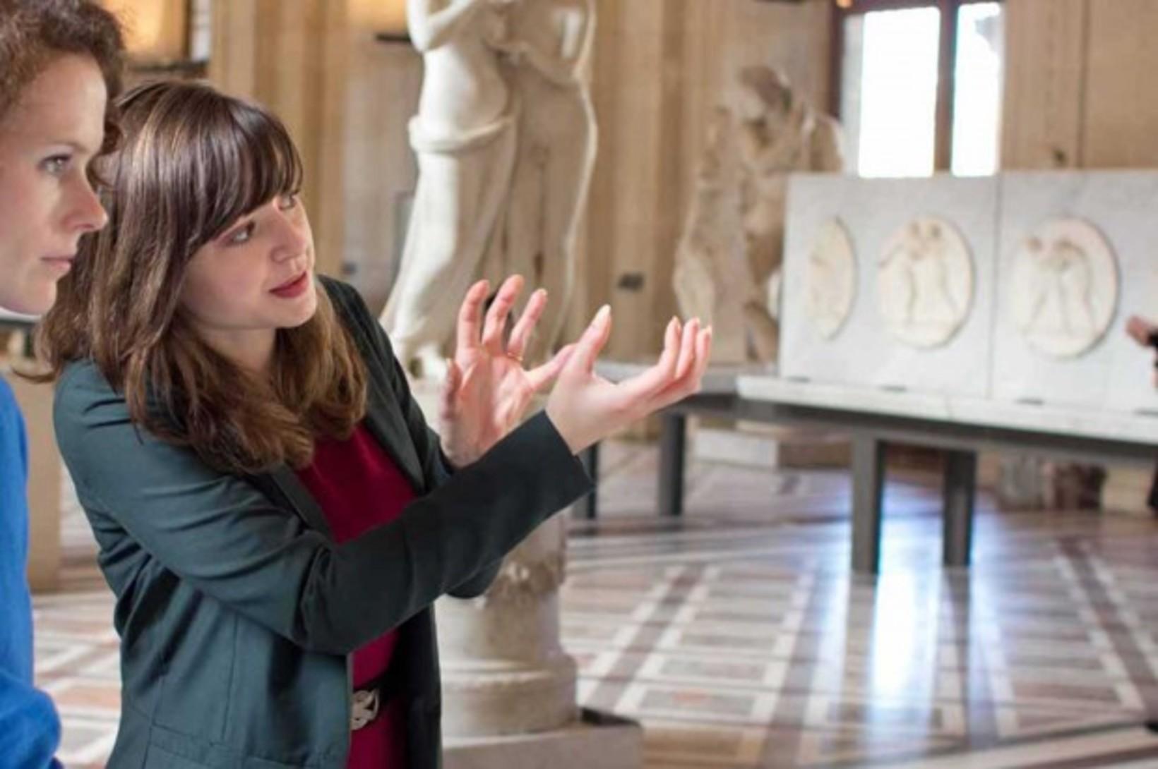 Tour Guide in Paris