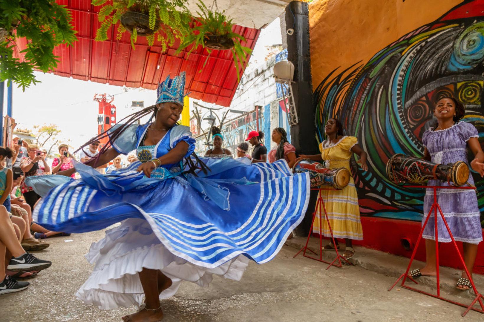 Stage de danses cubaines à La Havane pour booster votre technique !