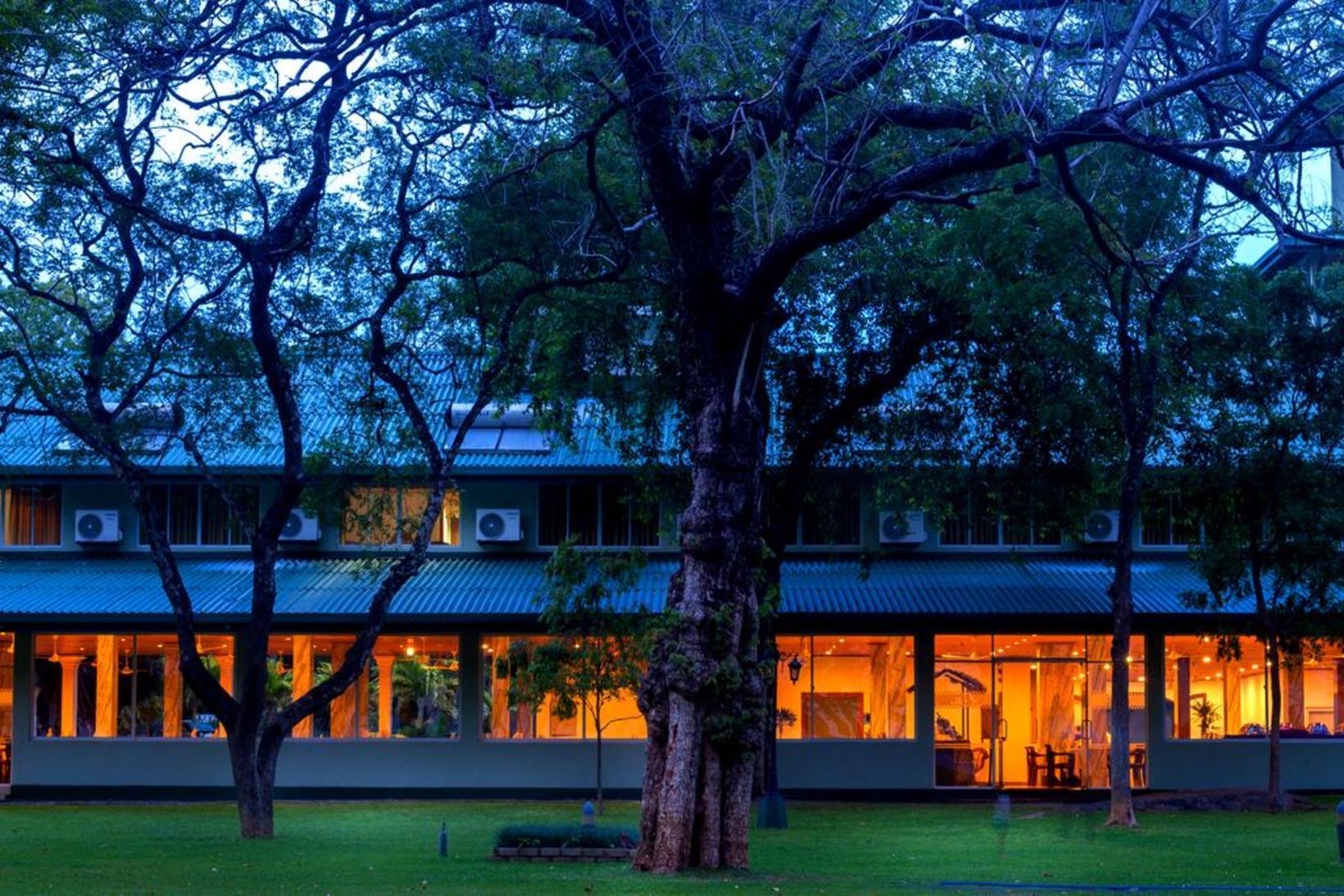 Hotel Sudu Araliya, Polonnaruwa