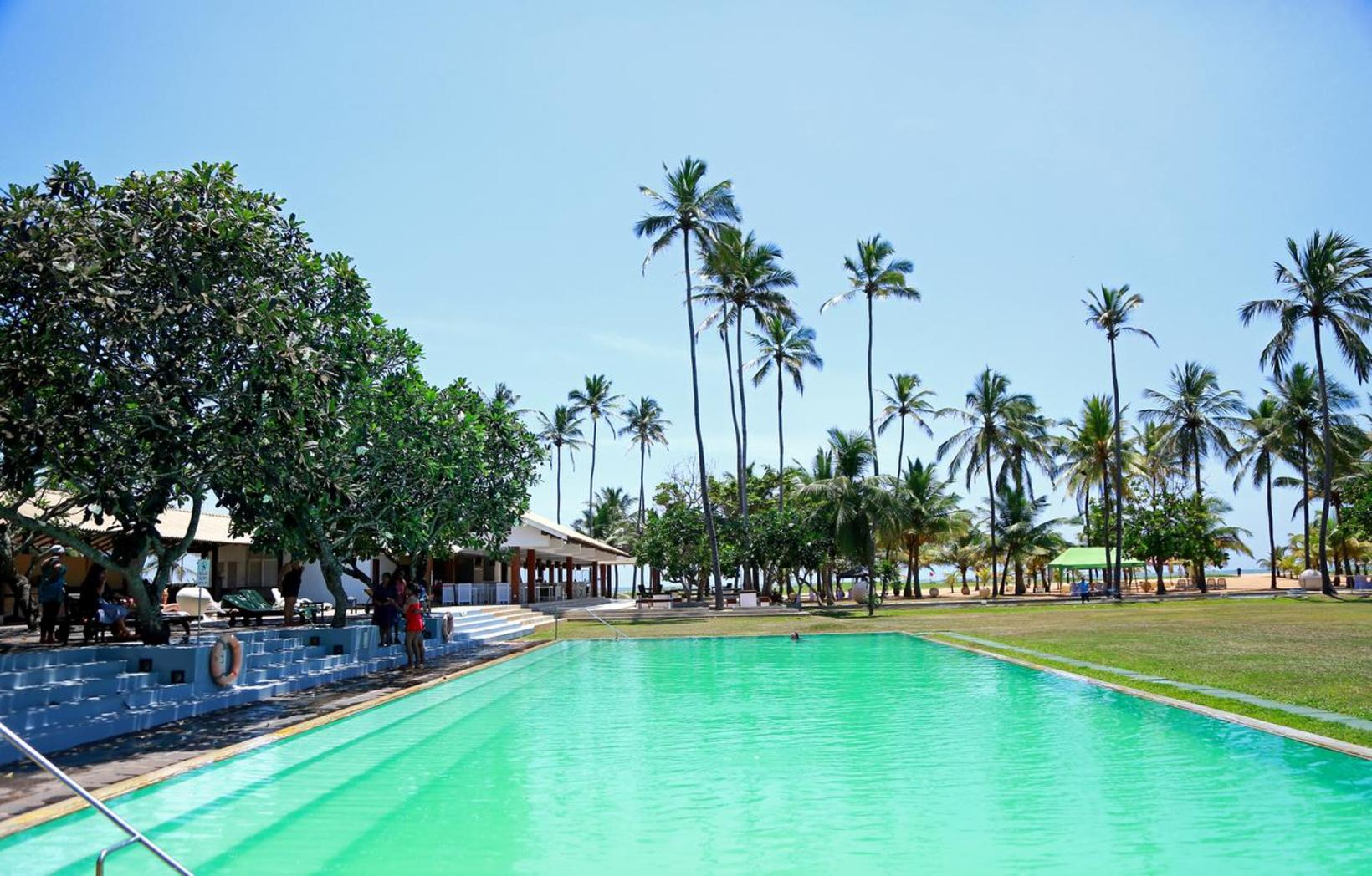 Pegasus Reef Hotel, Wattala