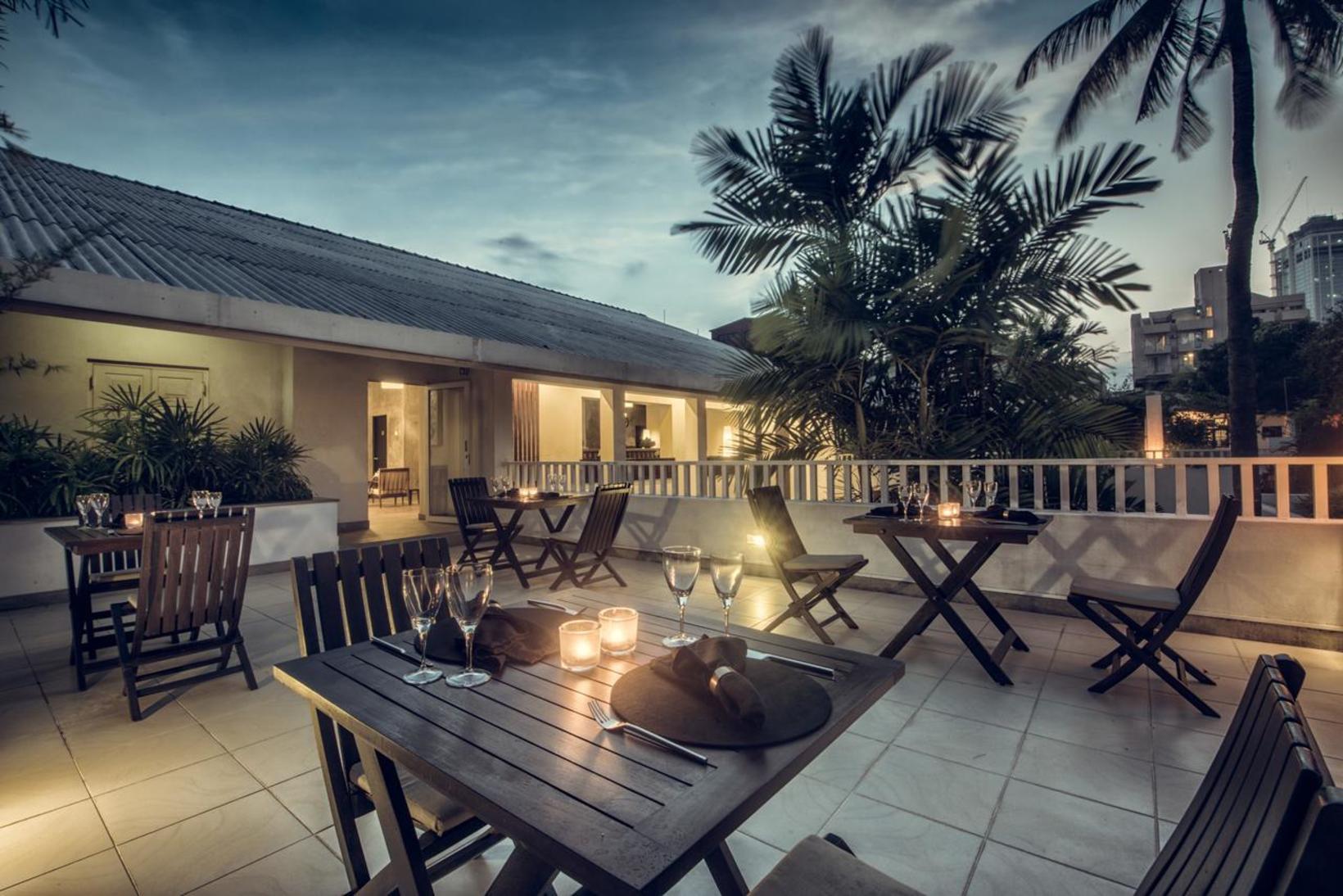 Taru Villas - Lake Lodge, Colombo