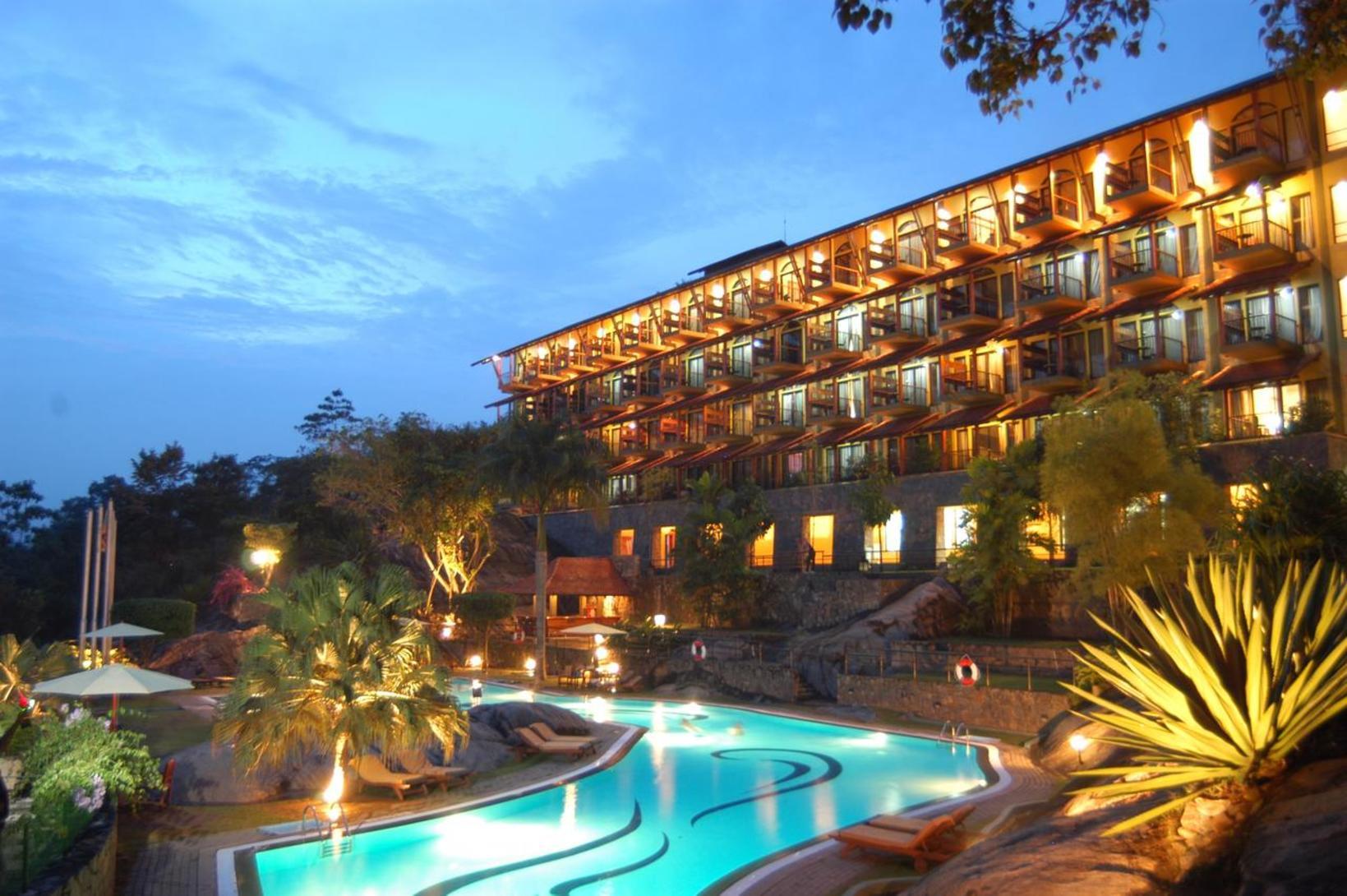 Earl's Regency Hotel, Kandy