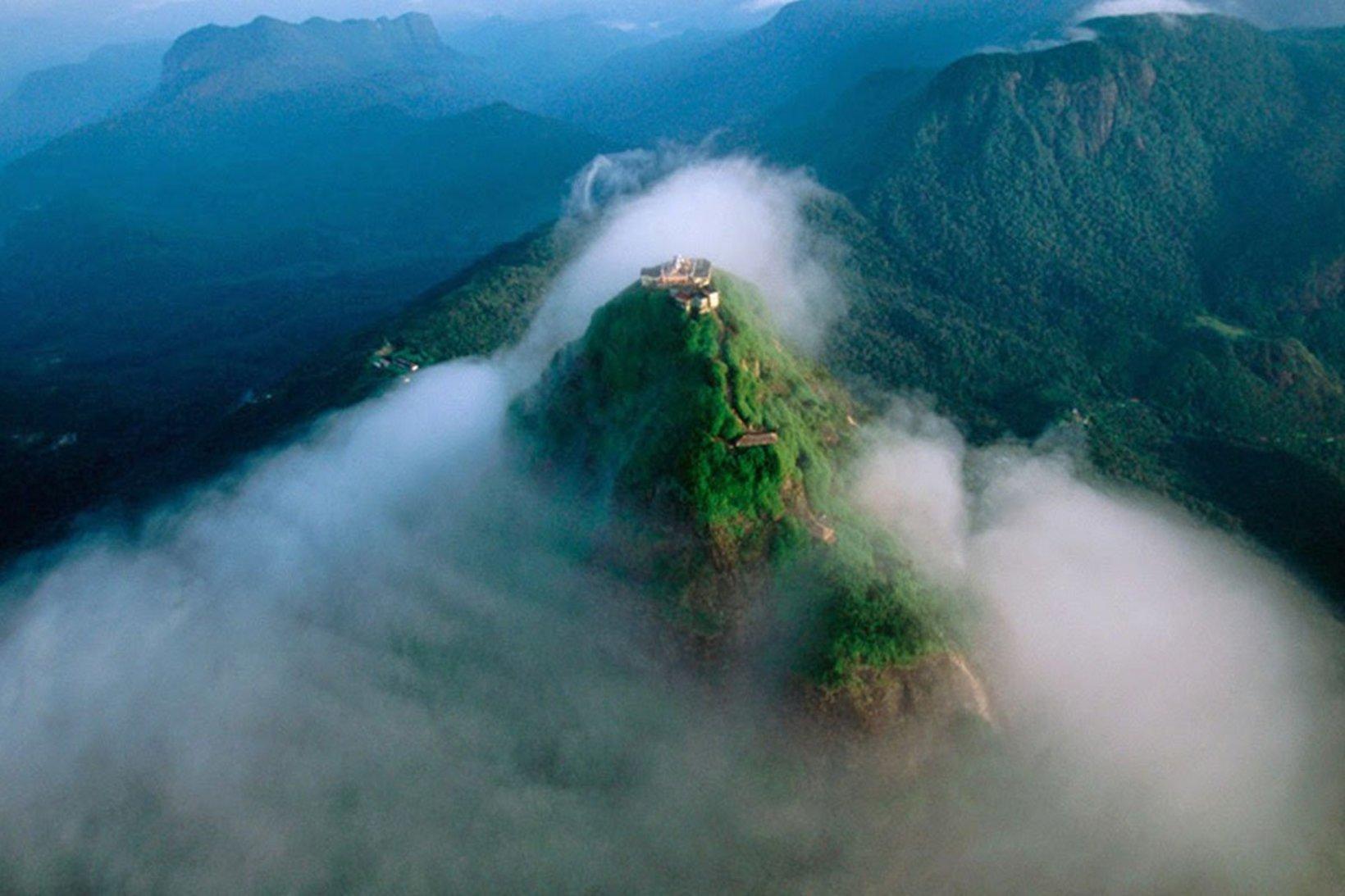 Mountains & Peaks in Sri Lanka