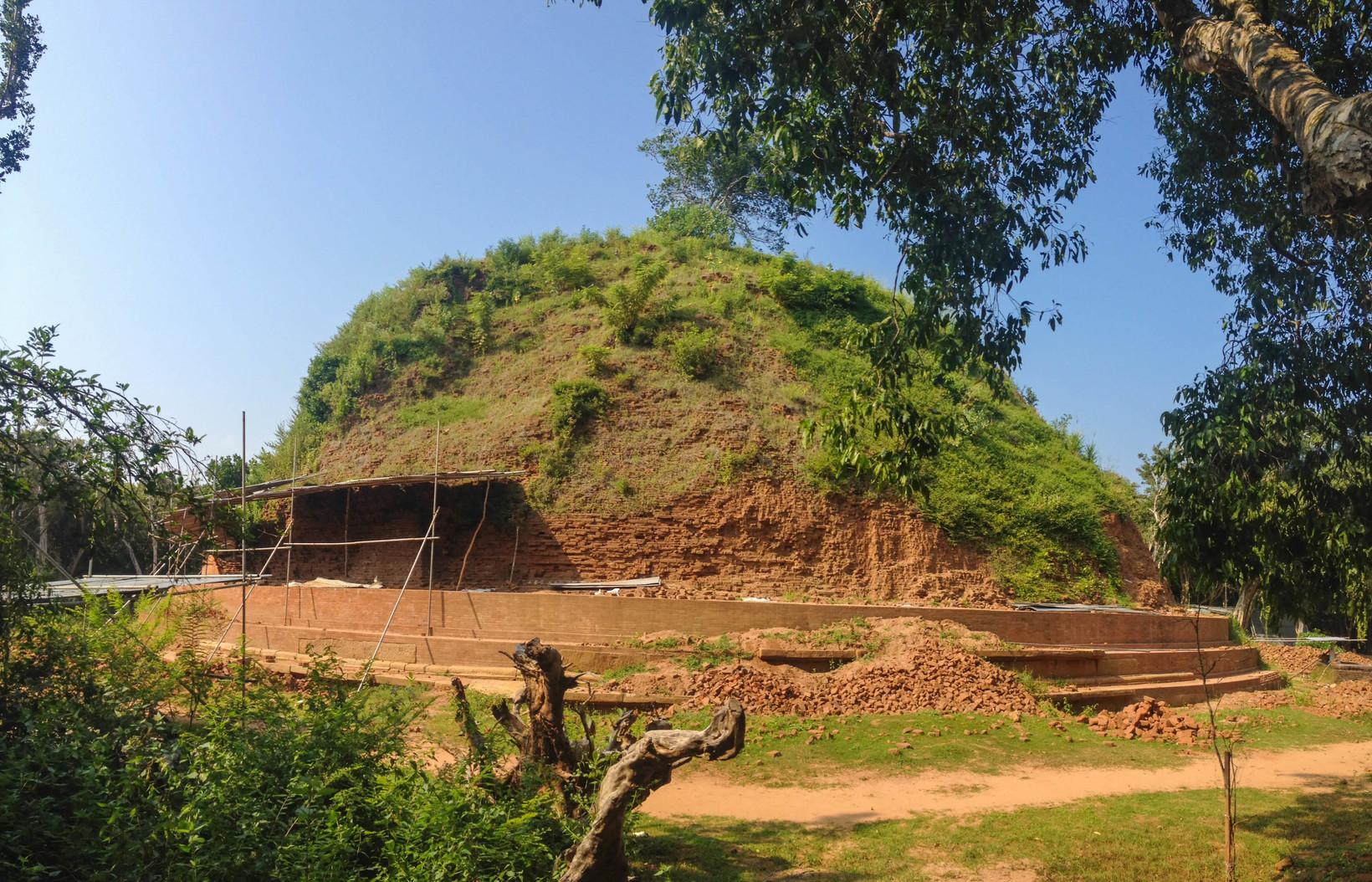 Neelagiriseya, Lahugala