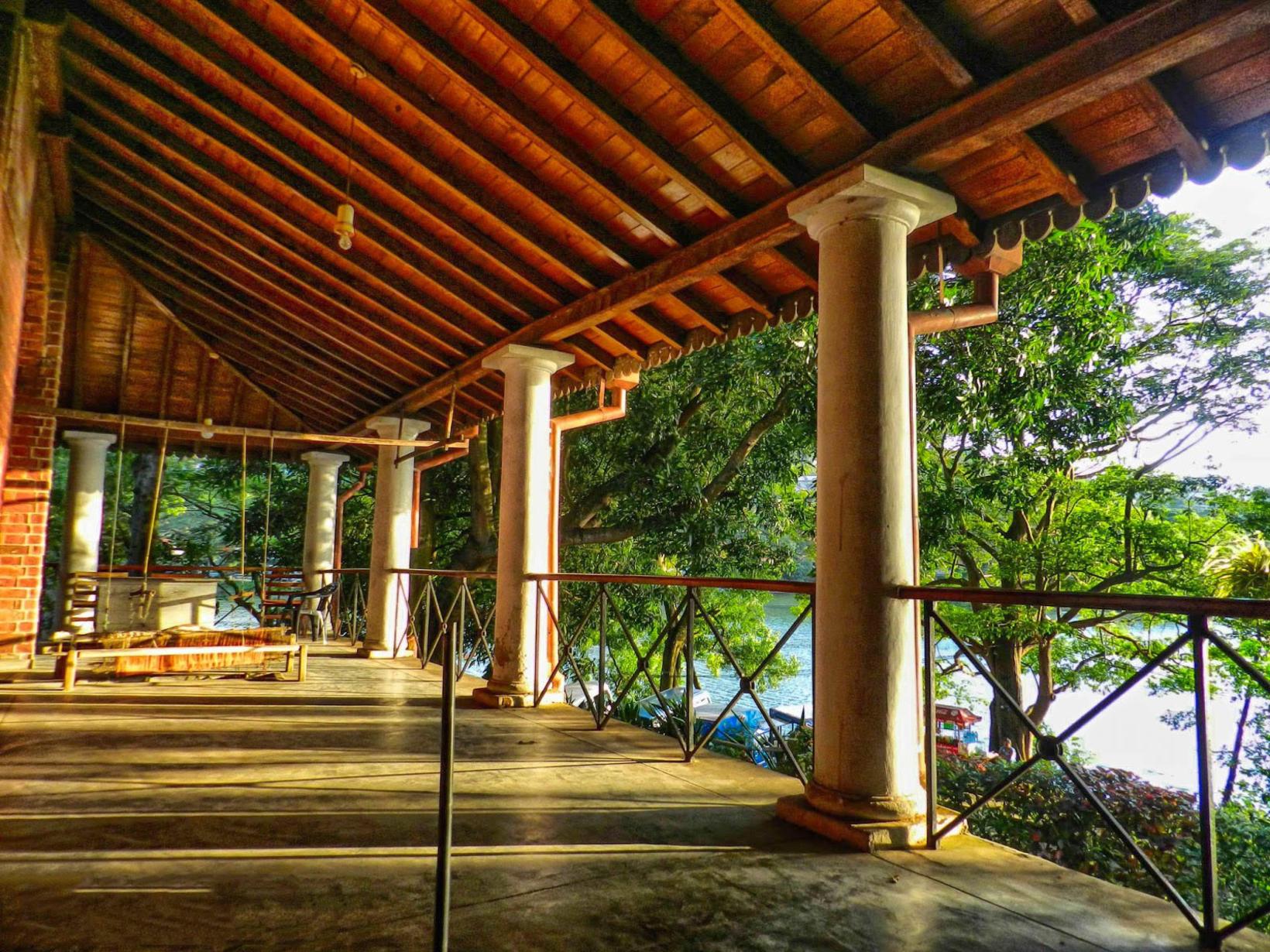 Kandyan Art Association & Cultural Centre, Kandy