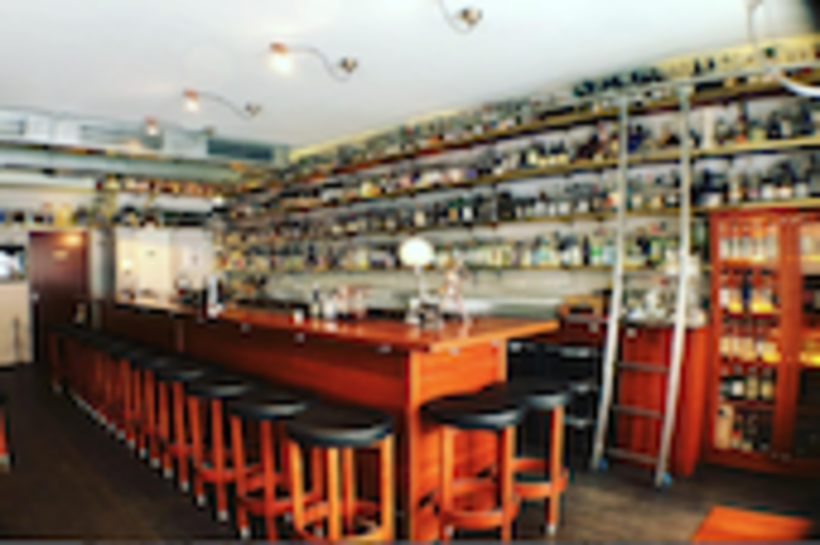 Embury Bar