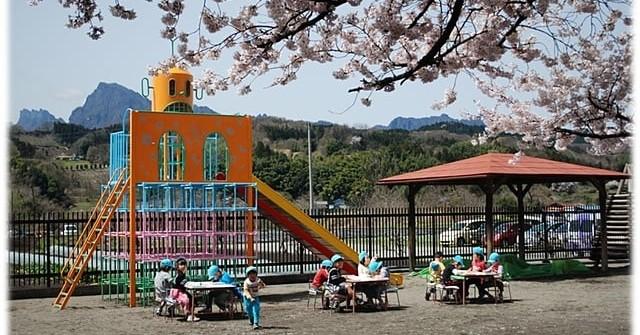 白鳩保育園