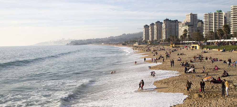 Valparaíso World Heritage also has green areas near the city and beaches like Viña del Mar