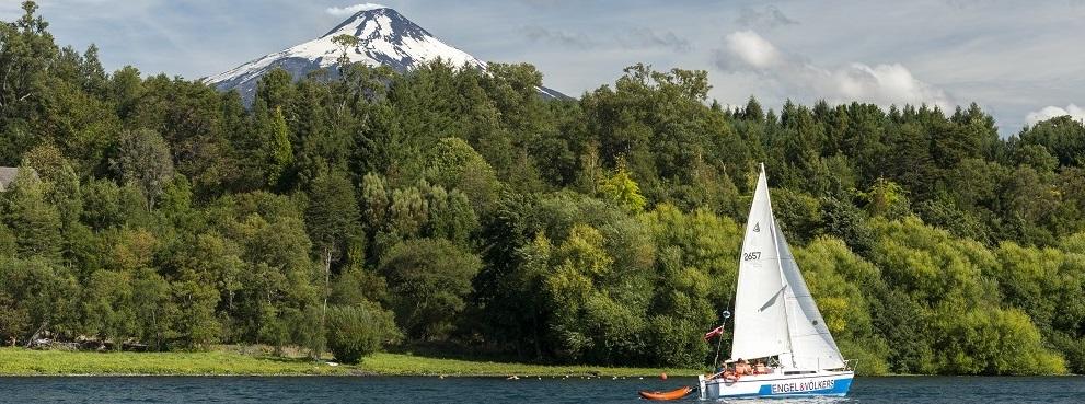 Viajes al sur de Chile para navegar en el lago Villarrica