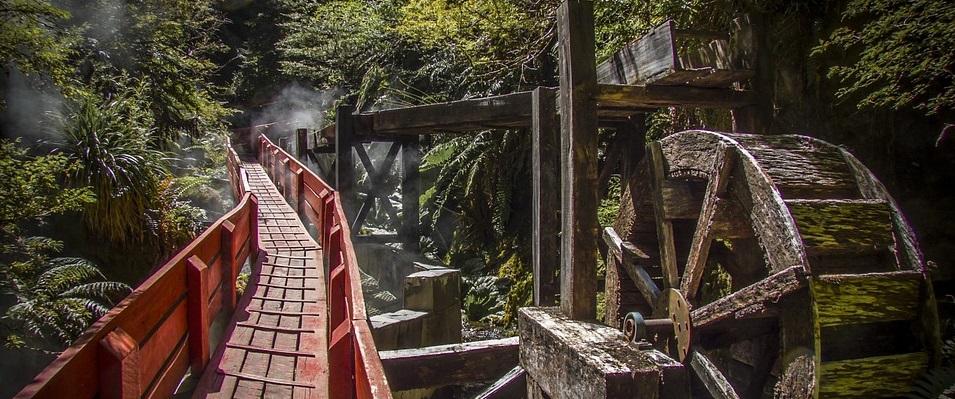 Visitar las Termas Geométricas es un imperdible en tus viajes al sur de Chile