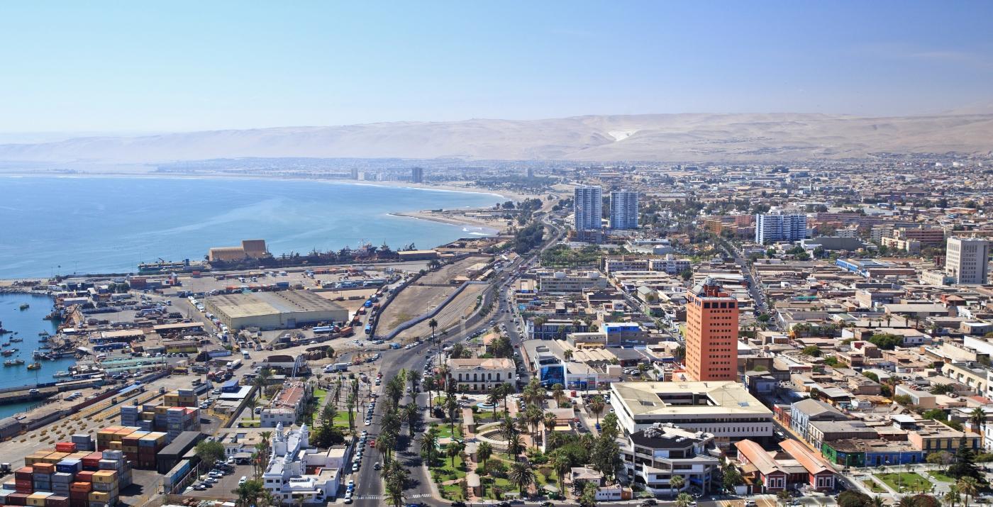 Imagen panorámica del puerto de Arica