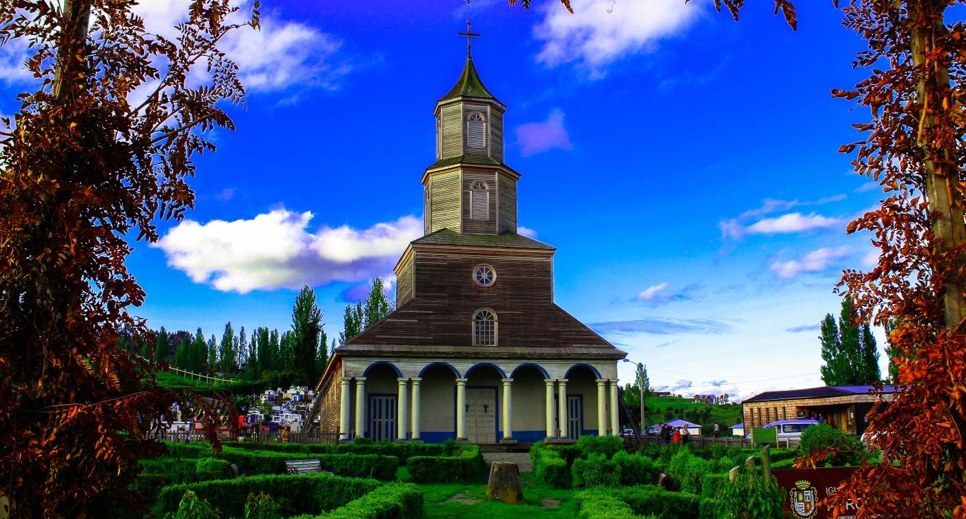Hermosa imagen de una de las iglesias de Chiloé
