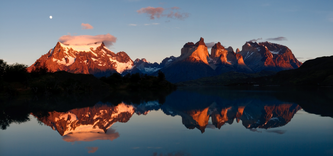 Imagen de una puesta de sol en Torres del Paine