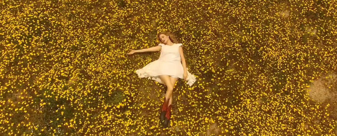 Imagen del videoclip de la cantante chilena Nicole