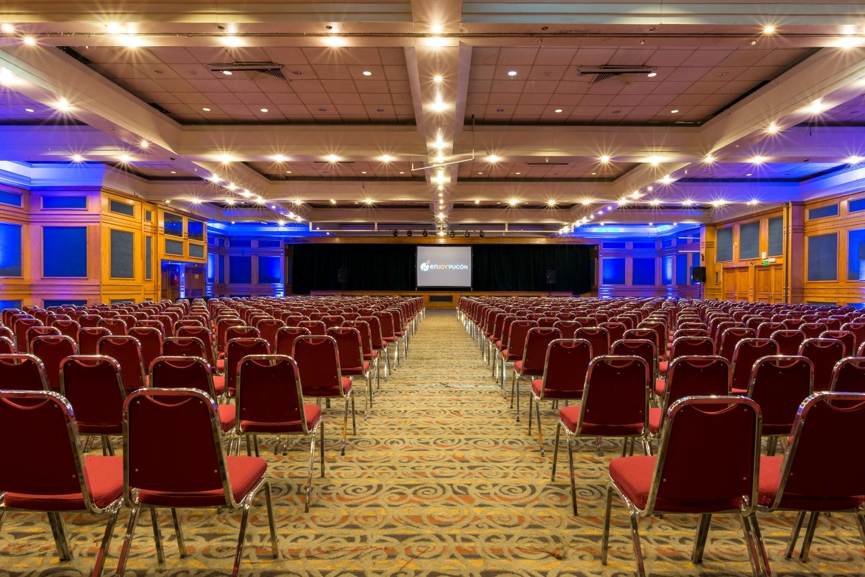 Imagen de un salón de eventos en Chile
