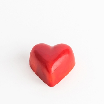 "Chocolate Praline ""Raspberry Heart"" in the form of a red heart"