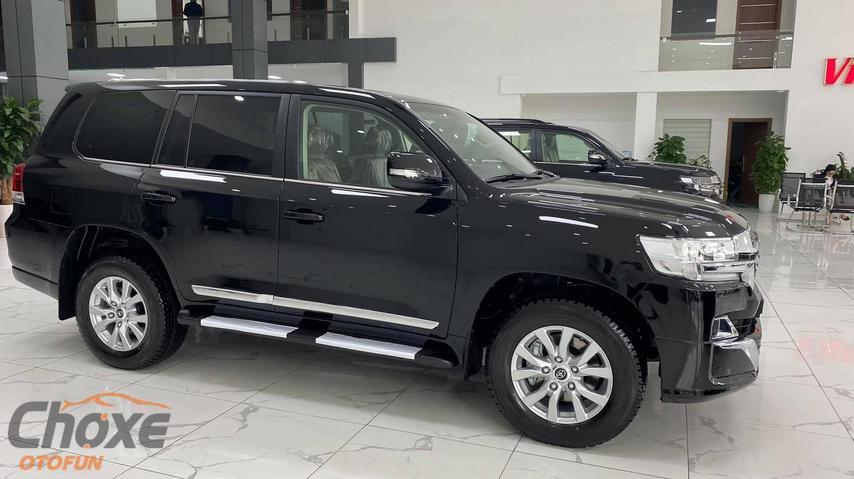 Hà Nội bán xe TOYOTA Land Cruiser 4.6 AT 2021