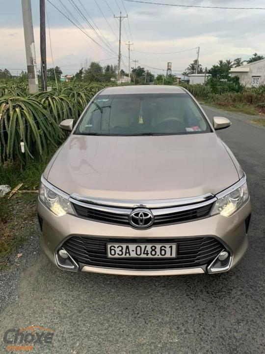 Tiền Giang bán xe TOYOTA Camry AT 2016