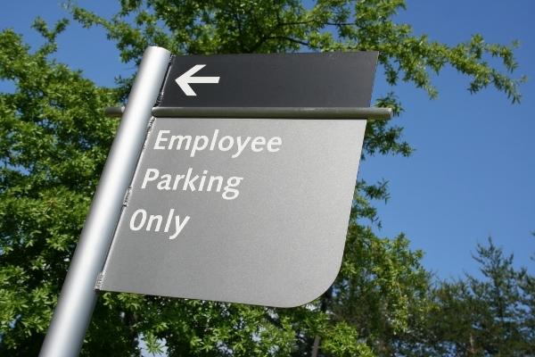 company vehicle policy 600x400-2