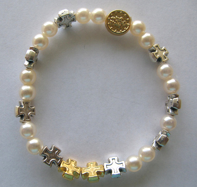 Bracelet Pearl, gold and silver crosses