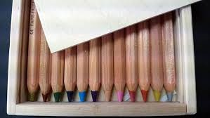 Lyra Colour Giants 12 unlaquered assorted in Wooden Pencil Case