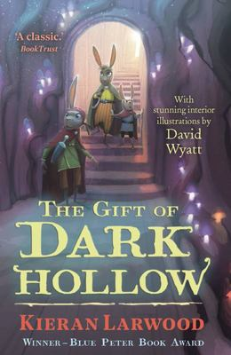 The Five Realms : the Gift of Dark Hollow