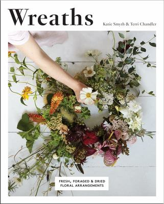Wreaths: Fresh, Floral and Dried Floral Arrangements
