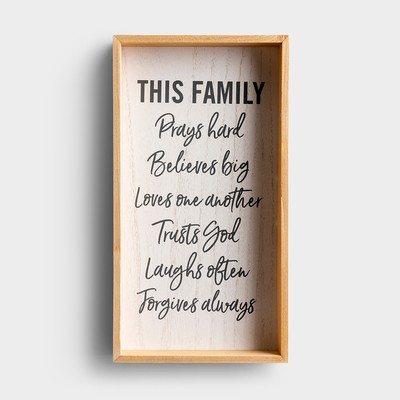 Plaque Wall Wood This Family Prays