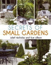 Homepage_secrets_of_small_gardens_australia_front_cover_final_lr