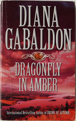 Dragonfly in Amber (Outlander #2)