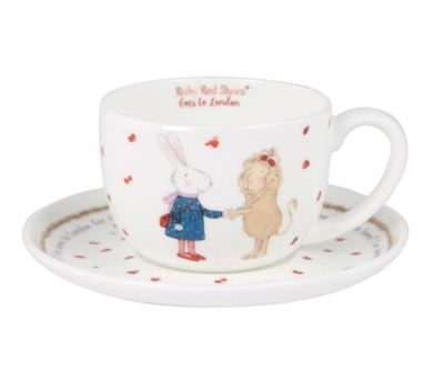London Queen Tea Cup Ruby Red Shoes