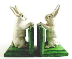 Large bookendsbunny