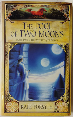 The Pool of Two Moons (Witches of Eileanan #2)