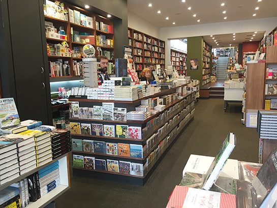 Avenue Bookstore Albert Park inside