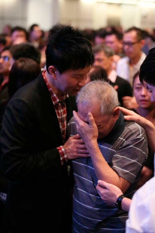 Miracle Service: By His Stripes I Am Healed