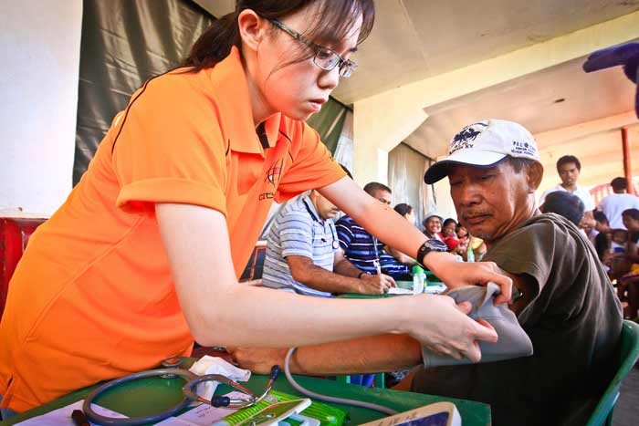 CHC Disaster Relief To The Philippines: Bringing Hope To Iloilo